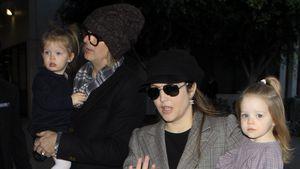 Michael Lookwood und Lisa Marie Presley mit den gemeinsamen Zwillingen