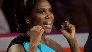 "Motsi Mabuse bei ""Stepping Out"" 2015"