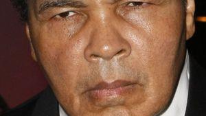 Sorge um Muhammad Ali: Die Box-Legende liegt im Krankenhaus