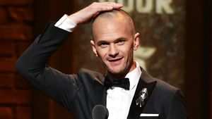 Neil Patrick Harris mit Glatze bei den Tony Awards 2016