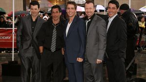 New Kids on the Block: Jordan Knight, Danny Wood, Joey McIntyre, Donnie Wahlberg, Jonathan Knight