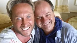 Adios, Honey! Nico Schwanz schnappt sich neuen Selfie-Freund