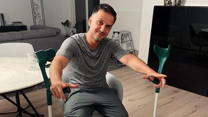 """Verletzung: Özcan Cosar muss """"Die RTL-Sommerspiele"""" absagen"""