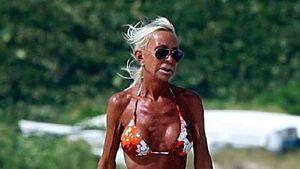 Bikini-Bilder von Donatella Versace als Lüge enttarnt