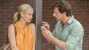 """Karin Noske (Jessica Ginkel) und Stefan Vollmer (Hendrik Duryn) in """"Der Lehrer"""""""