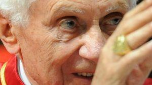 Weißer Rauch: Es gibt einen neuen Papst!