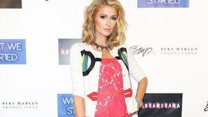 Mit Walle-Kleidern: Versteckt Paris Hilton einen Babybauch?