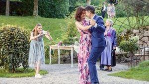 """""""Sturm der Liebe"""": Fans gerührt von Eva und Roberts Jawort!"""