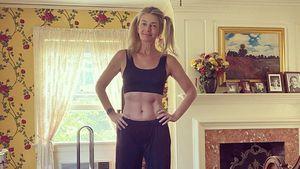 Mit 55: Paulina Porizkova hat unglaubliche Bauchmuskeln!