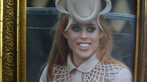 Prinzessin Beatrice' Hochzeits-Hut jetzt bei Ebay