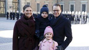 In Babyblau! Schweden-Royals machen süßes Familien-Foto