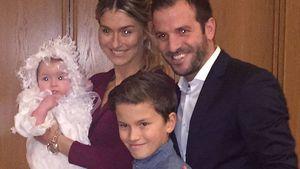 1. Pic zu viert! Rafael van der Vaart mit Estavana & Kids!