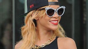"Provokativ! Rihanna im knappen ""Schlampen""-Shirt"