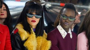 Rihanna und Lupita Nyong'o bei der Pariser Fashion Week 2014