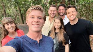"""""""Gute Zeiten"""": Robert Irwin postet Strahle-Foto mit Familie"""