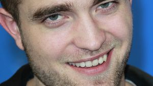Berlinale: Rob Pattinson nackt und ohne Sixpack