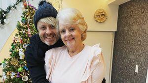 Große Ähnlichkeit: Ross Antony teilt Bild mit seiner Mutter