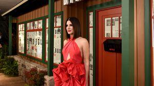 Mit Schleifen-Kleid: Sandra Bullock legt Wow-Auftritt hin!