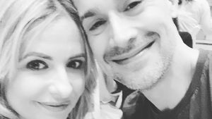 So süß gratuliert Sarah Michelle Gellar ihrem Mann Freddie!