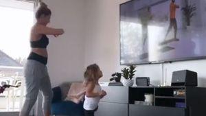 20. Schwangerschaftswoche: Sarah Harrison und Mia sporteln!