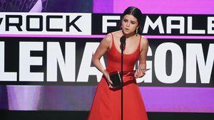 Selena Gomez bei den American Music Awards 2016