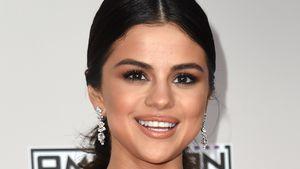 Selena Gomez bei den AMA-Awards, 2016