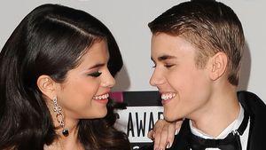 Selena Gomez und Justin Bieber bei den AMAs 2011