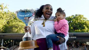 Für Charity: Serena Williams verkauft Kleidung ihrer Tochter