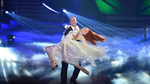 "Trotz Kleid-Desaster: Barbara rockt ihr ""Let's Dance""-Medley"