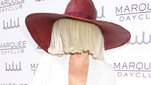 Trotz Sicht-Schutz: Sia ist Hingucker des Abends