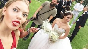 Hochzeitsselfie: So schön war Sila Sahin als Braut