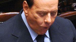 Erwischt! Silvio Berlusconi nascht deutsch