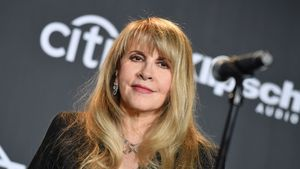 """Stevie Nicks warnt Musiker: """"Legt euch Geld für Reha zurück"""""""