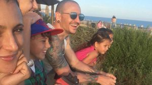 Family-Pic: Chester Benningtons Witwe hält an Tradition fest