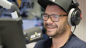JAM FM statt GZSZ: Thomas Drechsel steht hinterm Mikro!