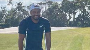 Auf Krücken: Tiger Woods teilt erstes Insta-Pic nach Unfall
