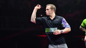 """""""Promi-Darts-WM"""": Titelverteidiger Tim Wiese hochkant raus!"""