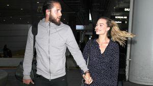 Tom Ackerley und Margot Robbie bei ihrer Rückkehr aus Australien