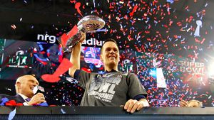 Tom Brady jubelt: New England Patriots gewinnen Super Bowl!