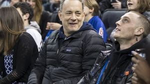 Tom Hanks mit seinem Sohn Chet Hanks im Madison Square Garden in New York 2015