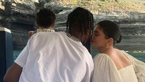 Kurz nach Liebescomeback: Kylie teilt Family-Pic mit Travis