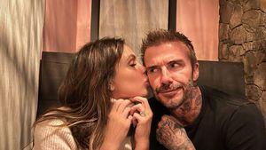 Knutschfoto: Vic und David Beckham sind ihren Kids peinlich