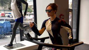 Typisch: Victoria Beckham in High Heels auf dem Laufband!