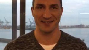 Wladimir Klitschko macht eine Ankündigung