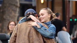 Turtelbilder: Wer ist der Mann an Lily-Rose Depps Seite?