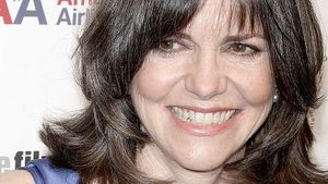 Sally Field: Schweinegrippealarm am Set