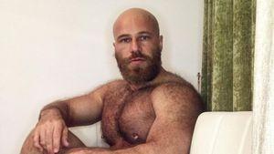Sexpuppen-Ehemann Yuri: Obst & Objekte bringen ihm Orgasmus