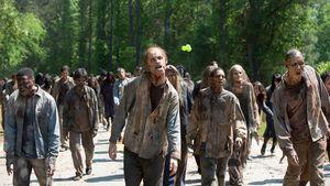 "Quoten-Rettung: Erster Nackt-Zombie bei ""The Walking Dead""!"