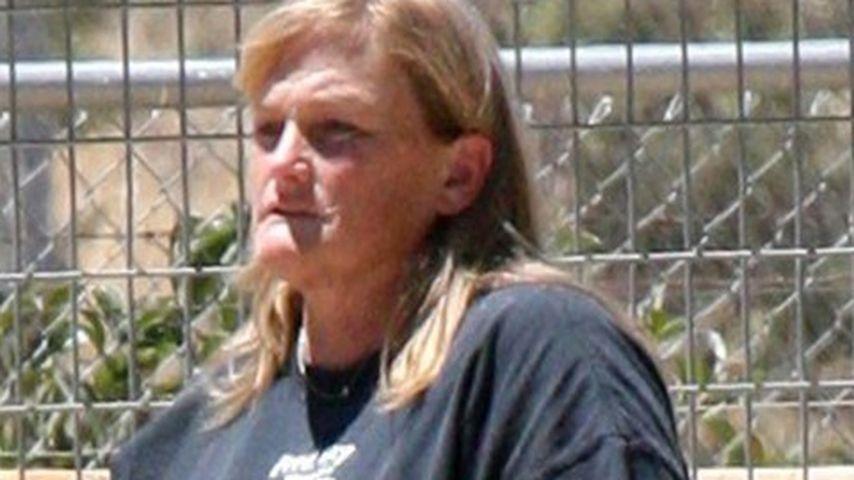 Debbie Rowe droht Jackos Arzt mit Klage