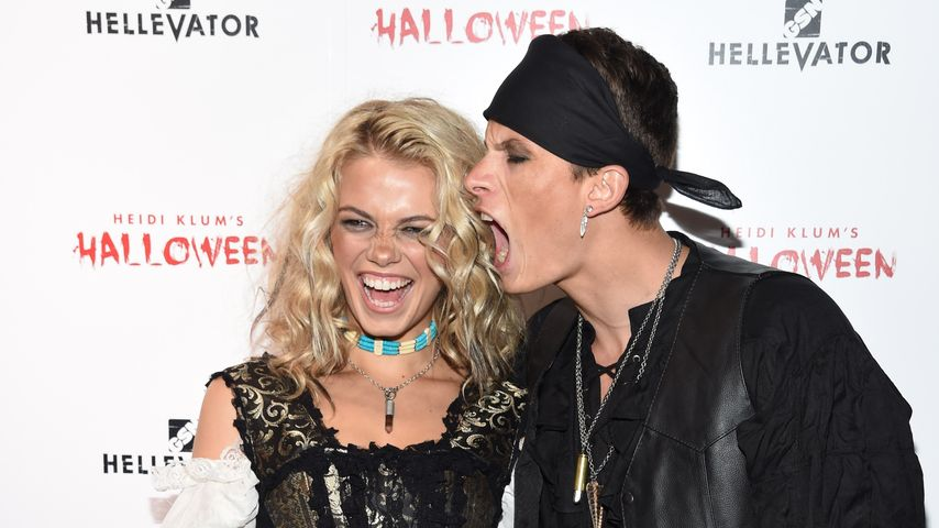 Hailey Clauson and Jullien Herrera bei Heidi Klum's 16. Halloween Party
